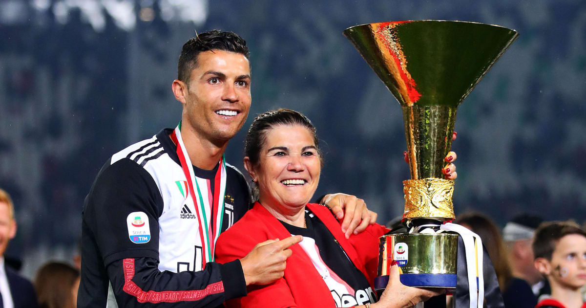 'Feeling Very Thankful' - Cristiano Ronaldo Shares Family Pic With Mother Dolores Aveiro