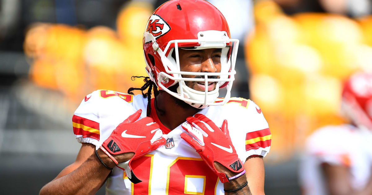 factory authentic cdee0 d7e2b REPORT: Chiefs Working Out Wideout Marcus Kemp as Emergency ...