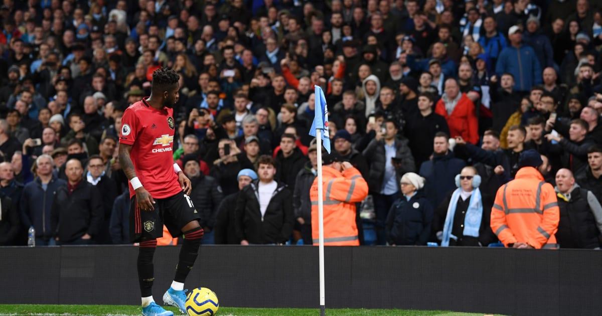 Manchester City, arrestato il tifoso che ha mimato il gesto della scimmia a Fred: ora rischia grosso