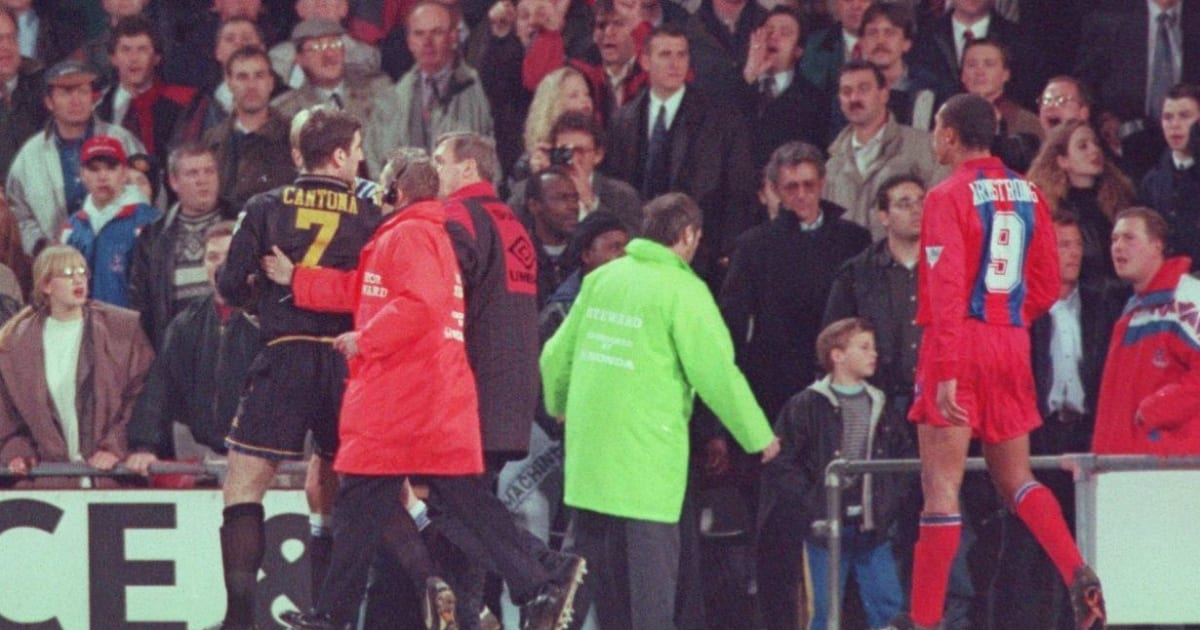 How a Shocked Alex Ferguson Reacted to Eric Cantona  Kung Fu  Kick at Selhurst Park