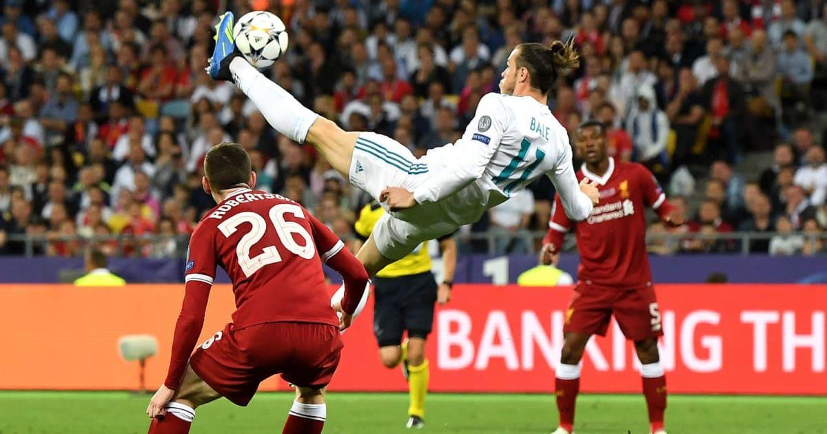 9 of the Best Overhead Kicks in Football History