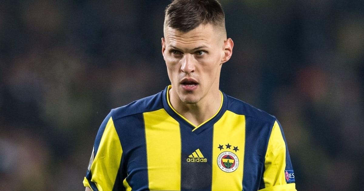 Martin Skrtel'in Menajeri Csonto, Fenerbahçe Yönetiminden 3 Yıllık Kontrat Talep Etti