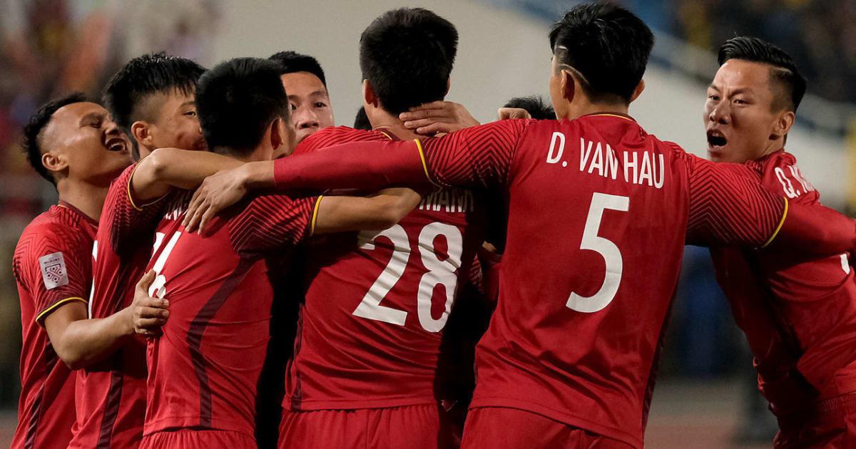Hé lộ đội hình ra sân của Việt Nam trước Iraq: Thầy Park gây bất ngờ