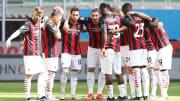 Uno scatto di gruppo del Milan