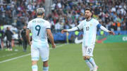 Argentina v Chile: Third Place Match - Copa America Brazil 2019 - Messi y Aguero a punto de abrazarse.
