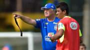 Treinador quer Paulinho no Imortal | Brazil Training Session - 2014 FIFA World Cup