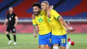 Richarlison (r., mit Claudinho) erzielte in den ersten 30 Minuten einen Hattrick.