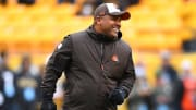 Hue Jackson smiling before a game vs. the Steelers in 2018