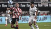 Estudiantes de La Plata v River Plate