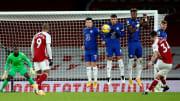Granit Xhaka a inscrit un sublime coup-franc contre Chelsea ce samedi