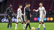 Roma e Ajax se enfrentam em jogo de volta pela Europa League. A primeira partida terminou em 2 a 1 favorável ao clube italiano, que joga pelo empate.
