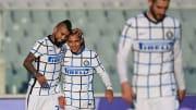Vidal e l'abbraccio con Sanchez