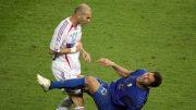 La falta de Zidane sobre Materazzi es una de las más recordadas en una Copa del Mundo