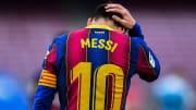 Lionel Messi tem menos 24 horas de contrato pela frente com o Barcelona e pode assinar com outro clube