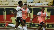Zagueiro se lesionou em jogo desta quarta, pela Copa do Brasil
