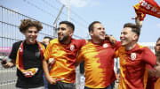 Bir grup Galatasaray taraftarı