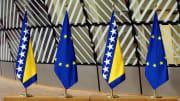 Bosna-Hersek ve Avrupa Birliği bayrakları