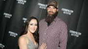 Jenelle Evans is receiving backlash from fans after she and David Eason dressed their daughter in a confederate flag t-shirt.