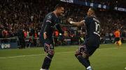 Icardi and Neymar celebrate after netting a stoppage time winner against Lyon