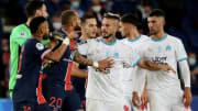 Le journaliste de RMC annonce que deux clubs français participeront à la Super League.