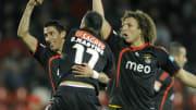 Di MAría y David Luiz celebran un gol con el Benfica