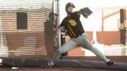 Yu Darvish llega en plan grande a los Padres de San Diego