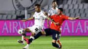 Independiente e Santos lutam pela vida na Sul-Americana.