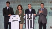 Presiden Juventus Andrea Agnelli (kiri) dan Presiden Real Madrid Florentino Perez (kanan)