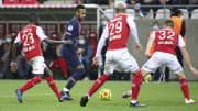 O PSG precisa superar o Reims para seguir vivo na Ligue 1.