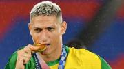 TOPSHOT-FOOTBALL-OLY-2020-2021-TOKYO-PODIUM- Richarlison, el brasilero más provocador.