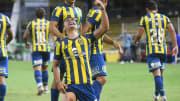 Luca Martínez Dupuy, delantero mexicano de Rosario Central