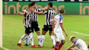 Galo venceu o Bahia por 2 a 0 no Mineirão