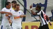 Goleadas, Fábio 'dormindo' e mais: veja resenhas envolvendo Cruzeiro e Atlético-MG.