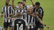 Botafogo ainda não desistiu de renovar com Rafael Navarro. Clube espera dobrar investimento no futebol em 2022.