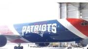 Avión de los Patriots traerá máscaras desde China