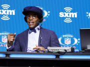 El recién llegado jugador a los Patriots es favorito para ser el quarterback titular