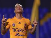 Edu Vargas con Tigres
