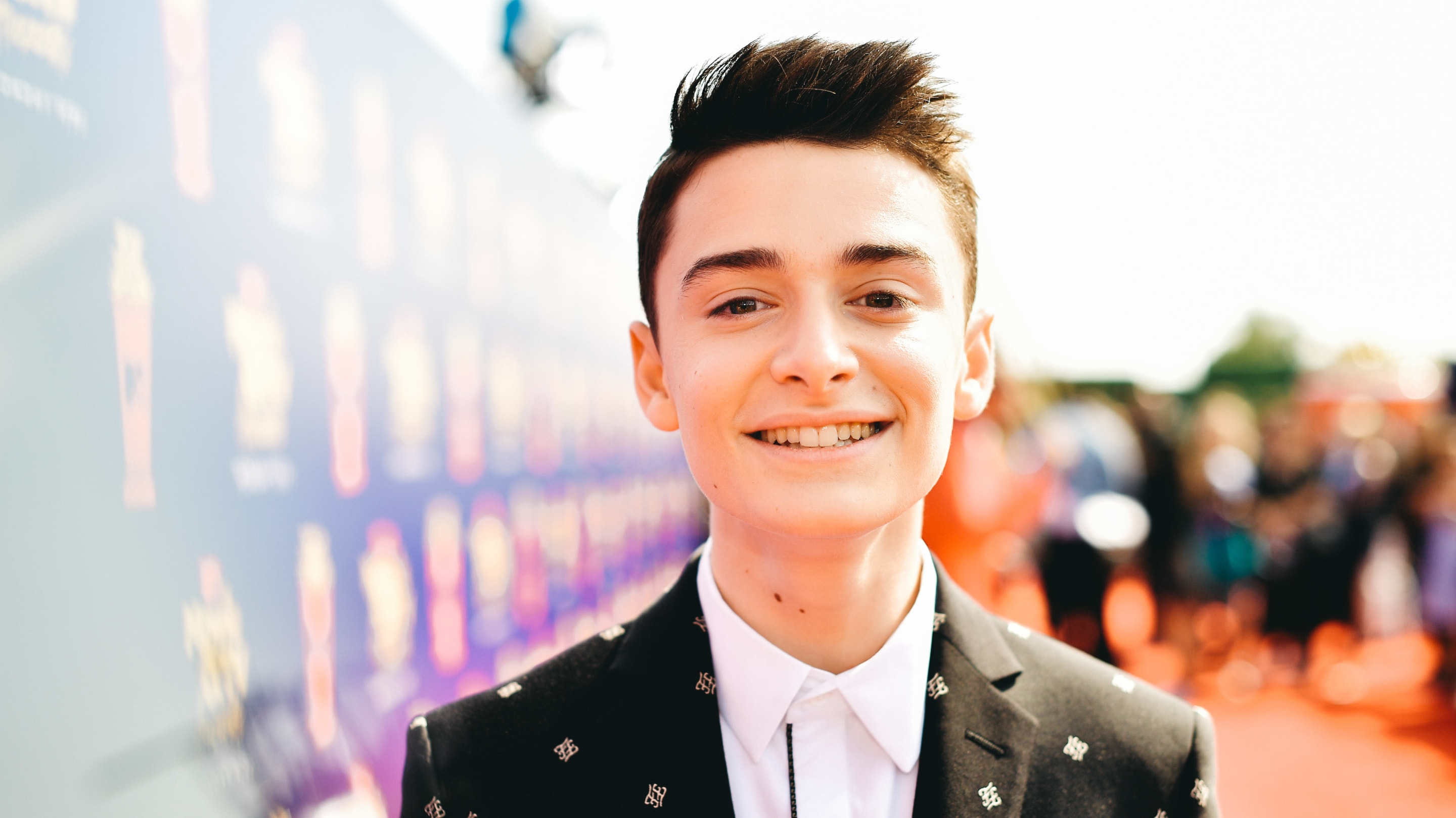 'Stranger Things' Star Noah Schnapp on How He Became a TikTok Sensation