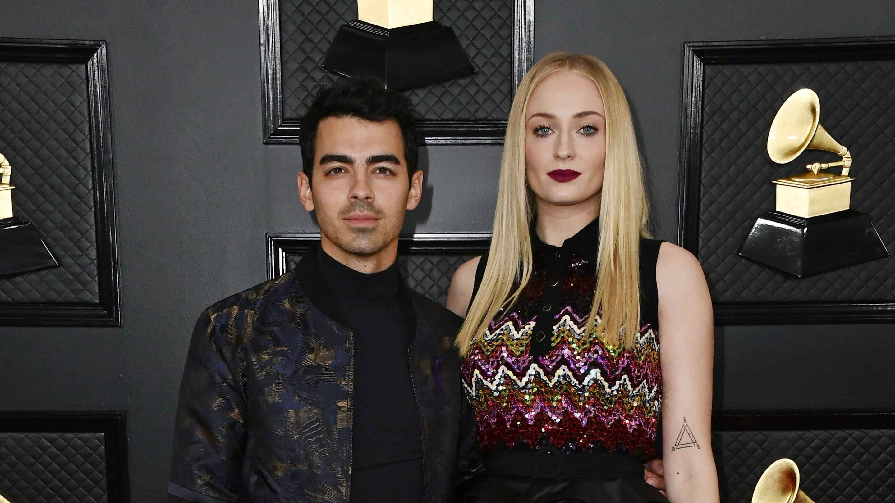 Sophie Turner and Joe Jonas Urge Fans to Wear Masks in First Photo Since Welcoming Baby