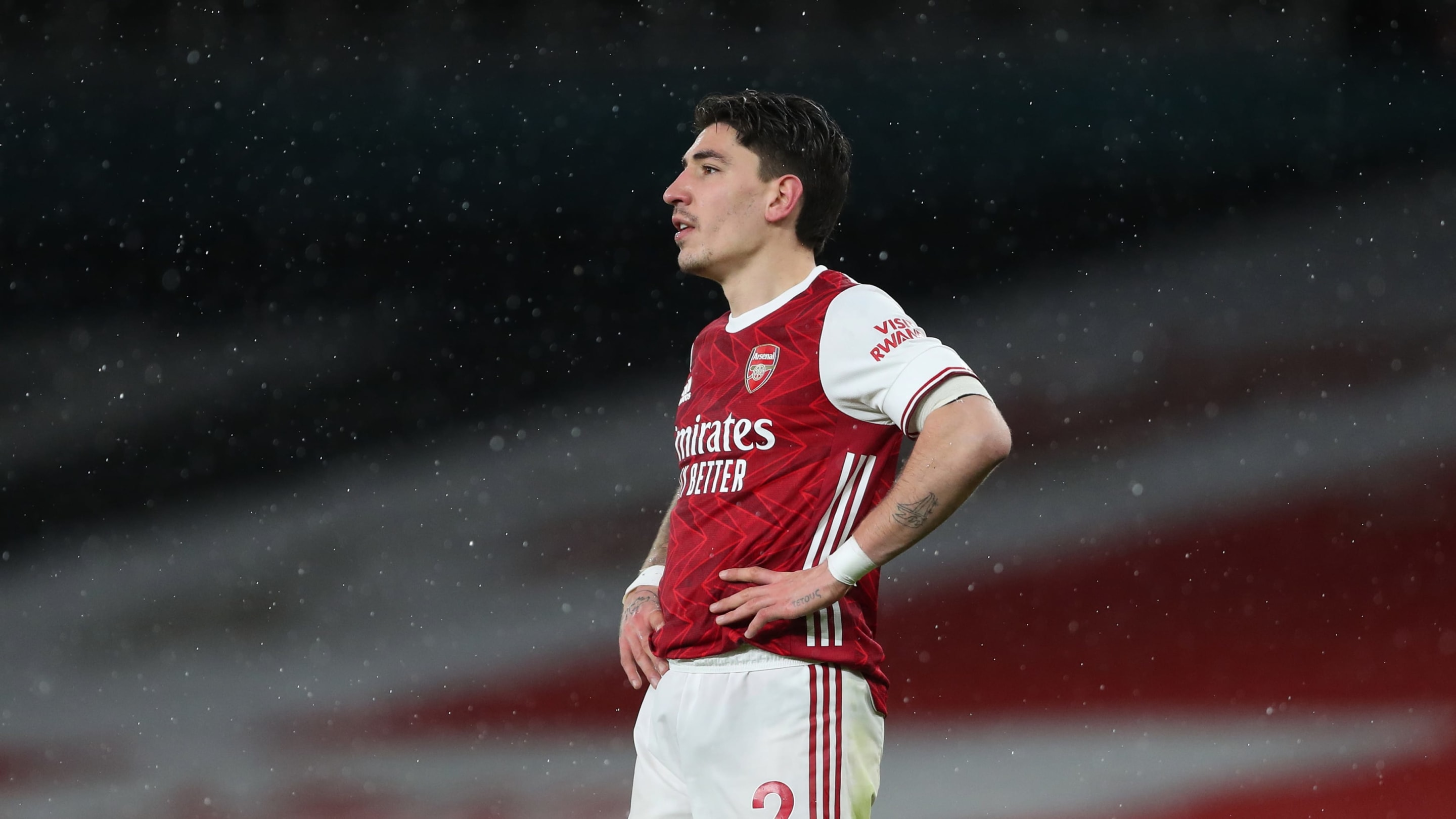 Hector Bellerin considering Arsenal exit as PSG 'revive interest' thumbnail