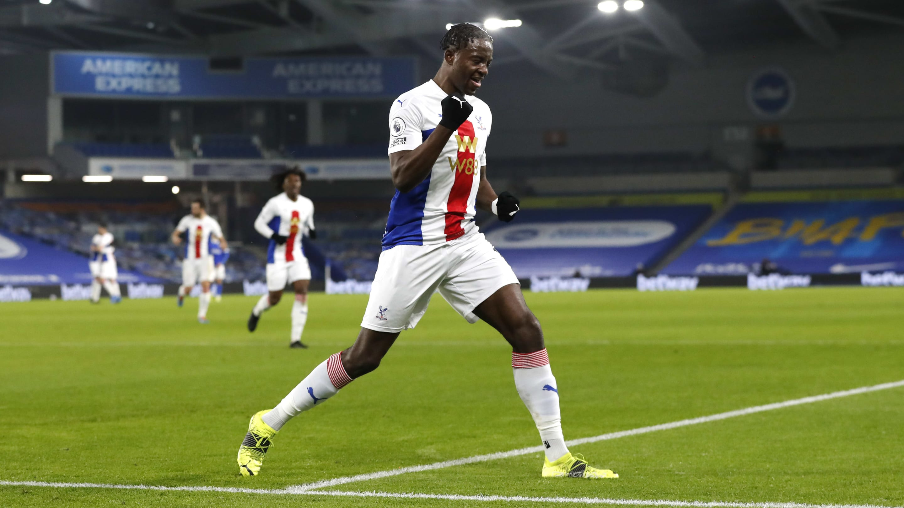 Jean-Philippe Mateta has announced himself to the Premier League with back-heel finish thumbnail