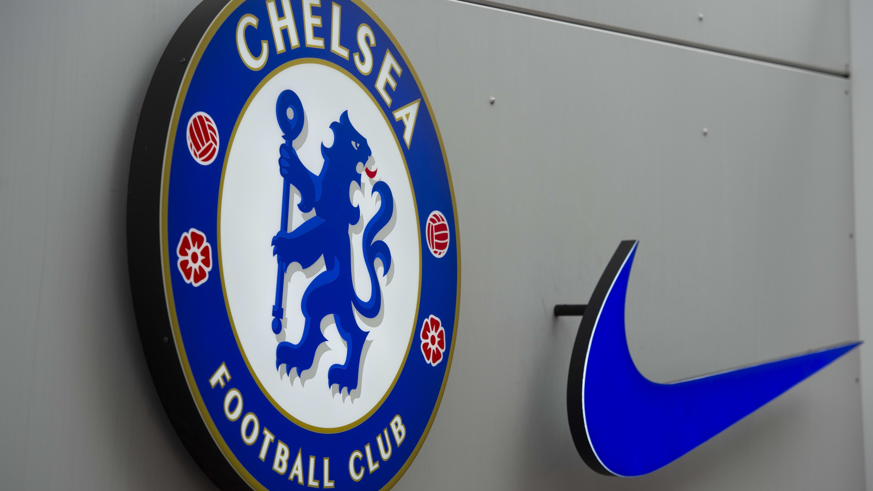 <p>New Chelsea fourth kit inspired by Nike Air Max 180 leaked thumbnail