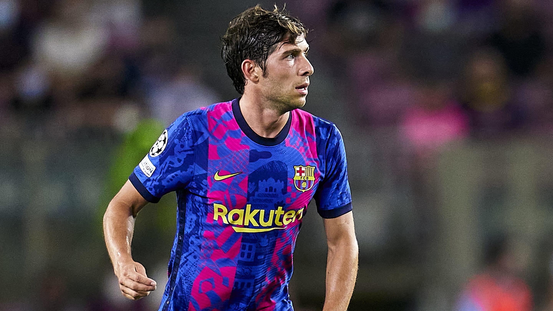 Sergi Roberto agrees new Barcelona contract