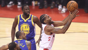 TORONTO,ONTARIO - JUNE 10:  Kawhi Leonard #2 of the Toronto Raptors goes up for a basket against the Golden State Warriors during Game Five of the 2019 NBA Finals at Scotiabank Arena on June 10, 2019 in Toronto, Canada. NOTE TO USER: User expressly acknowledges and agrees that, by downloading and or using this photograph, User is consenting to the terms and conditions of the Getty Images License Agreement. (Photo by Claus Andersen/Getty Images)