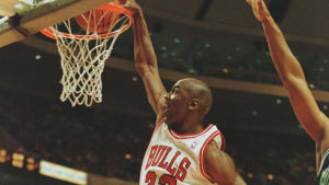 Michael Jordan dunks during the Bulls' 1996 win over the Minnesota Timberwolves.
