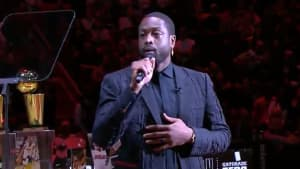 Dwyane Wade honored Kobe Bryant at the end of his jersey retirement ceremony