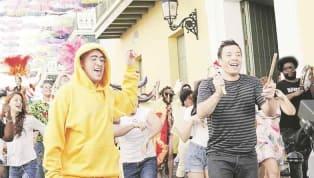 """Jimmy Fallon, fue visto bailando la """"Bomba"""" con Ozuna y Bad Bunny para un segmento de su famoso programa nocturno. Esta sorpresa fue filmada para un episodio..."""
