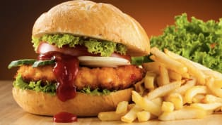Restaurant Triggers College Students by Comparing 'Tijuana Chicken Sandwich' to Migrant Caravan