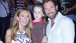 Geraldine Bazán y Gabriel Soto asistieron a evento navideño de su hija mayor Elissa Marie