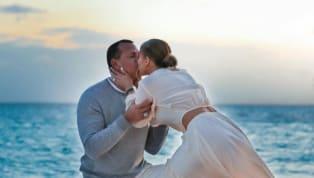 La acusación de infidelidad que José Canseco contra Alex Rodríguez tan sólo un día después de que éste le pidiera compromiso a Jennifer Lopez cayó como una...